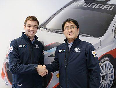 Hayden-Paddon-and-Mr-Choi-President-Hyundai-Motorsport LR