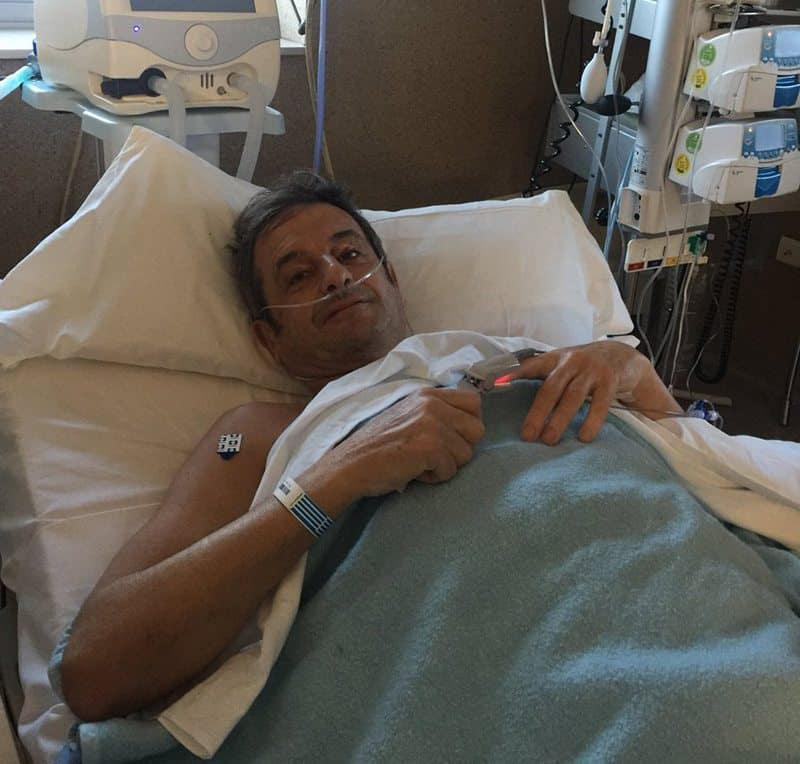 Luis-Moya-in-hospital