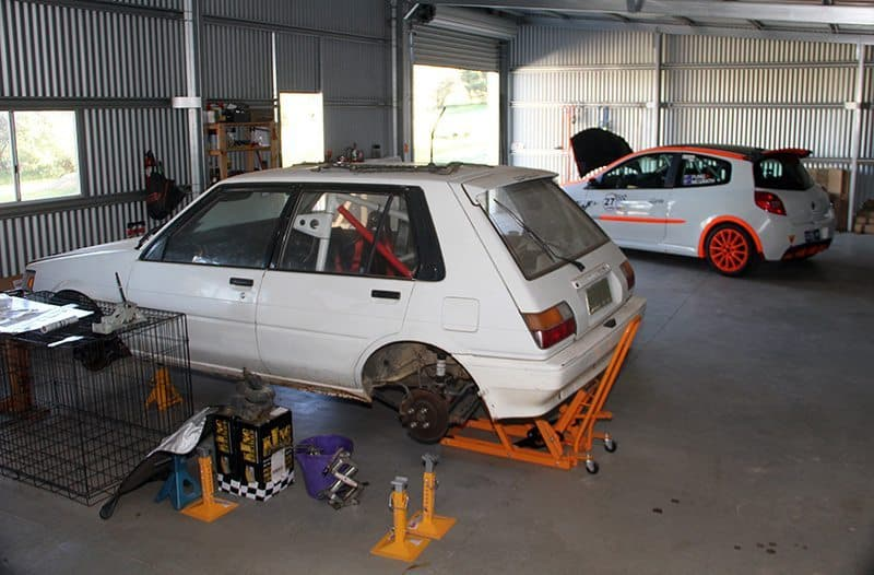 Toyota Corolla and Renault Clio RS rally cars